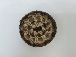 Large Round Tray Basket, Pine Needle