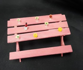 "1/2"" Picnic Table, Cocktails"