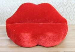 Lips Love Seat, Red