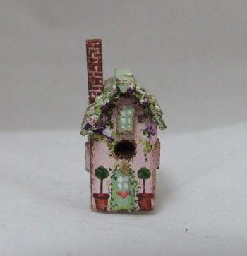Birdhouse, Hanpainted