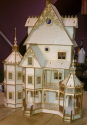 "1/2"" Scale Dollhouses"