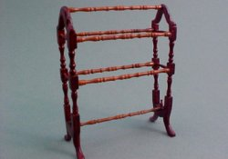 "1/2"" Bespaq ""Belmont"" Quilt Rack Mahogany or New Walnut"