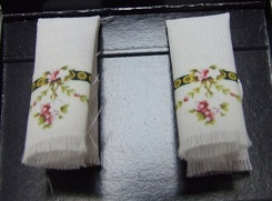 Victorian Rose Hand Towels - Click Image to Close