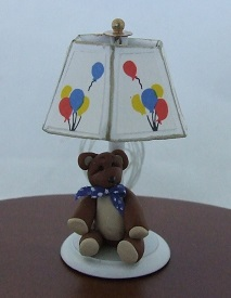 Nursery Lamp, Bear w/ Balloons - Click Image to Close