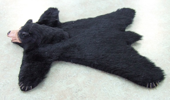 Bear Skin Rug, Faux - Click Image to Close