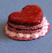 Valentine Cake, Red Heart - Click Image to Close