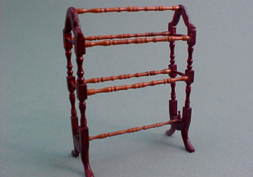 "1/2"" Bespaq ""Belmont"" Quilt Rack Mahogany or New Walnut - Click Image to Close"